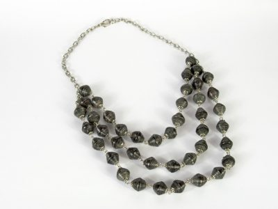maracca-necklace-3-strand-mg-028-bk